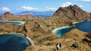 Pulau Padar sumber: wisatapriangan.com
