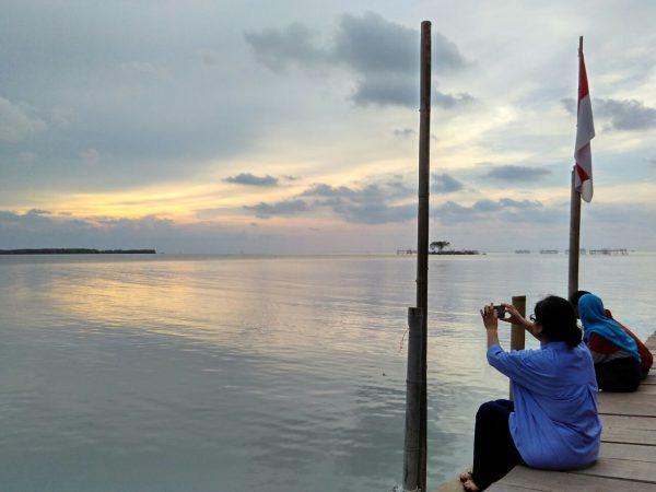 mengejar sunset di kaliwlingi