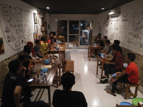 DIskusi di Warong Inspirasi